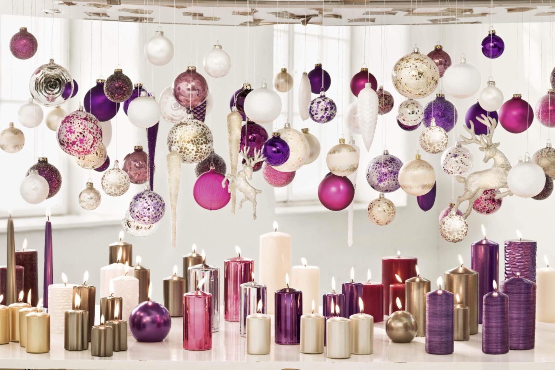 Новогодние шары и свечи