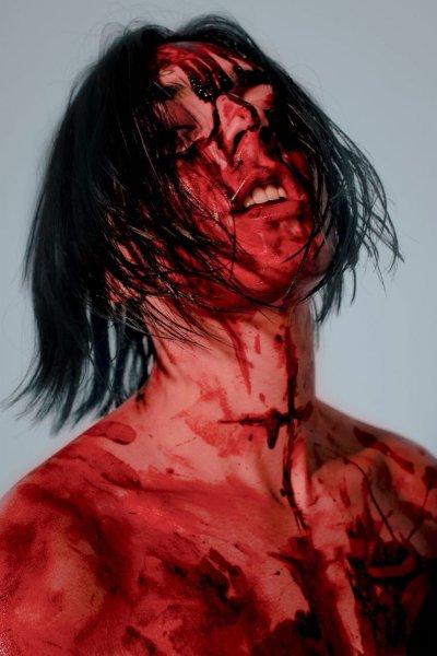 Рэпер Фейс в крови