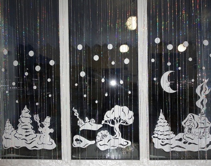 Фигурки из бумаги на окно на новый год